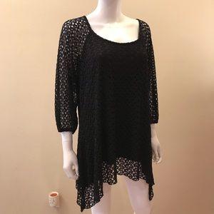 Roz Ali Black Lace Tunic Top